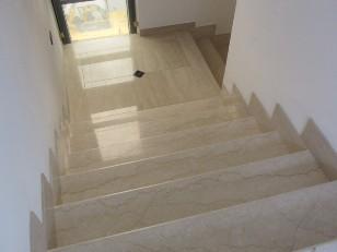 Levigatura marmo carpi montauto massimiliano 335 6094756 for Mattonelle per scale interne